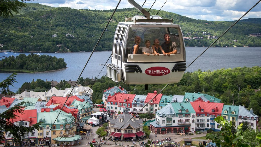 First, ride a boat. Then, a panoramic gondola. It's all complimentary in the Laurentian Mountains.