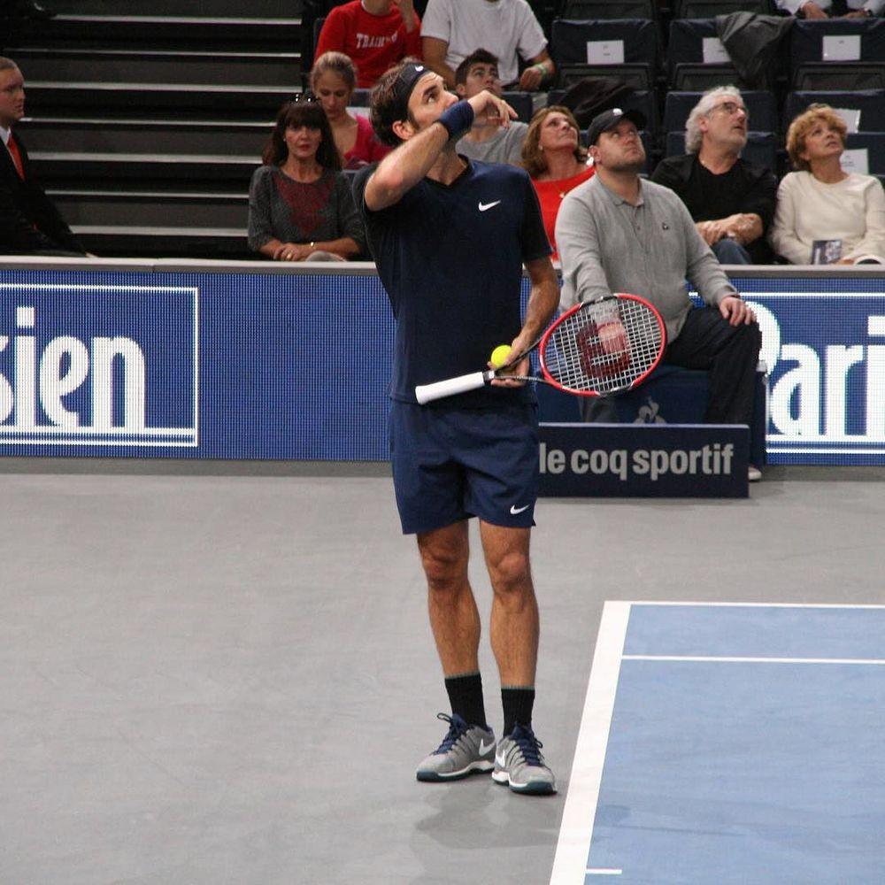 Roger Federer waiting for some help #federer #bnpparibasopen #bnpparibasmasters