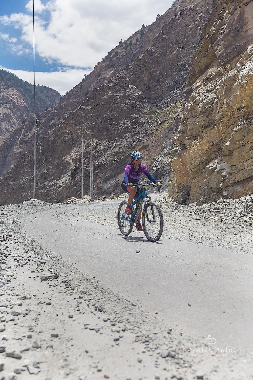 Shilpa rides her way through the mountains