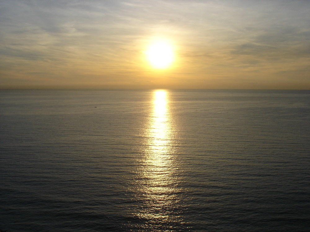 beautiful-morning-1384559.jpg