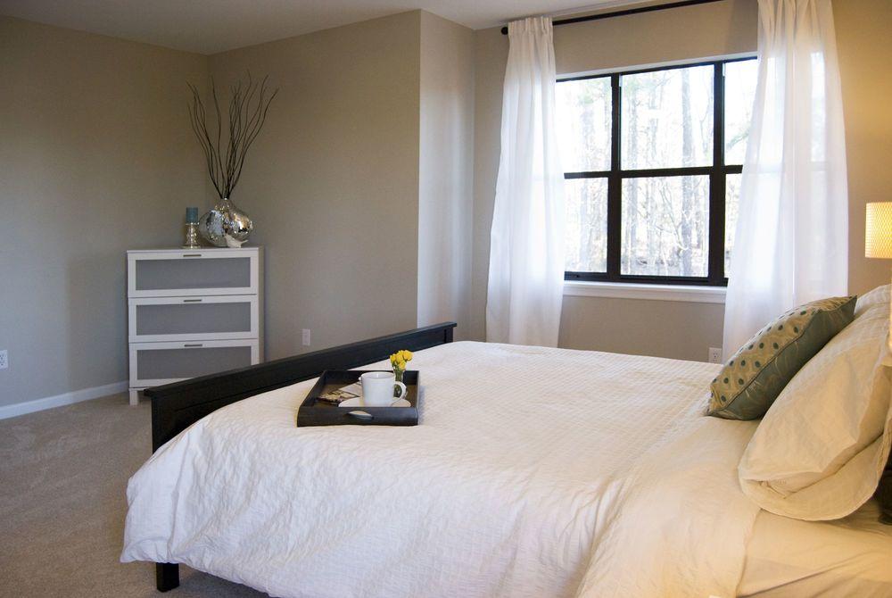 Plaza_Bedroom_After.jpg