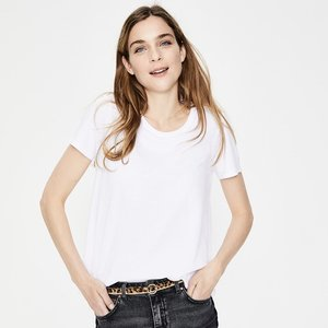 891ee6a72a6d9 Top 10 Pieces for a Classic Wardrobe — Hearts of Style