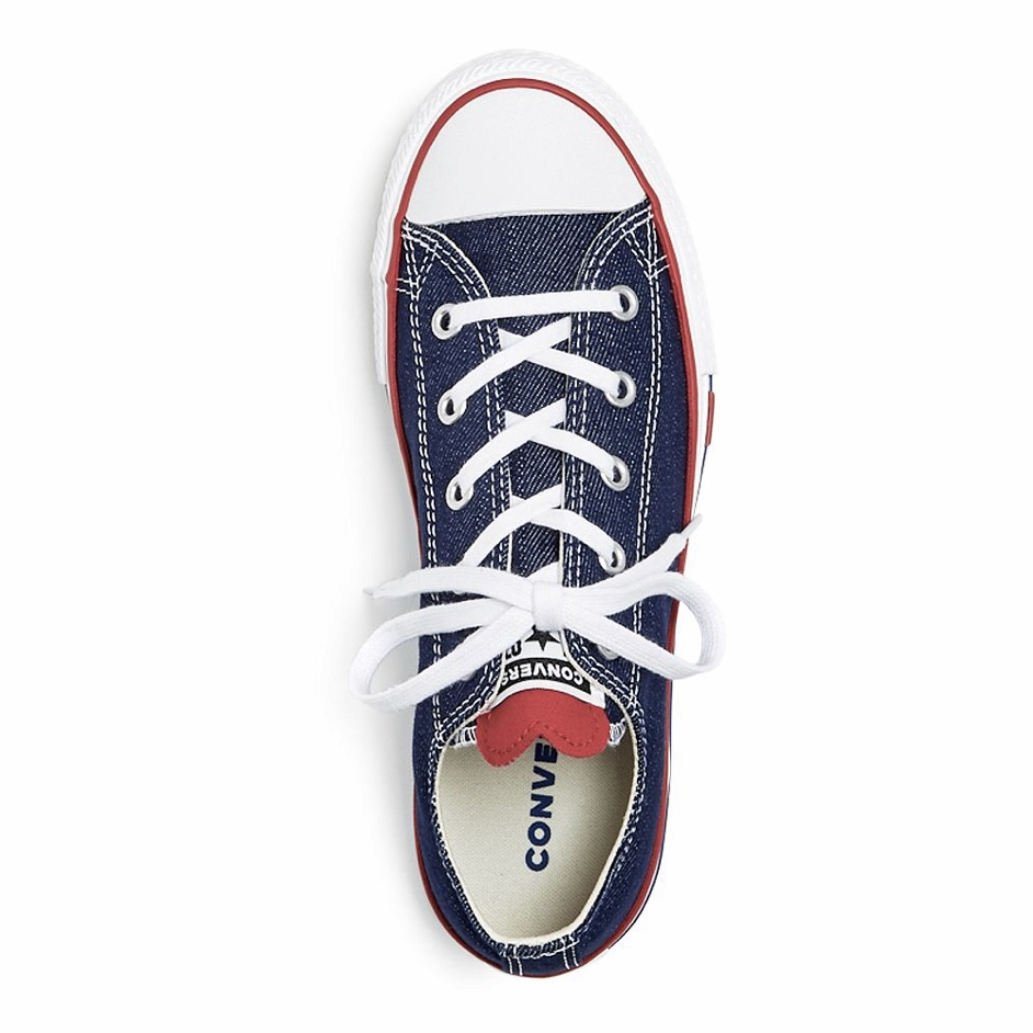 Converse - Unisex Heart Chuck Taylor Low-Top Sneakers