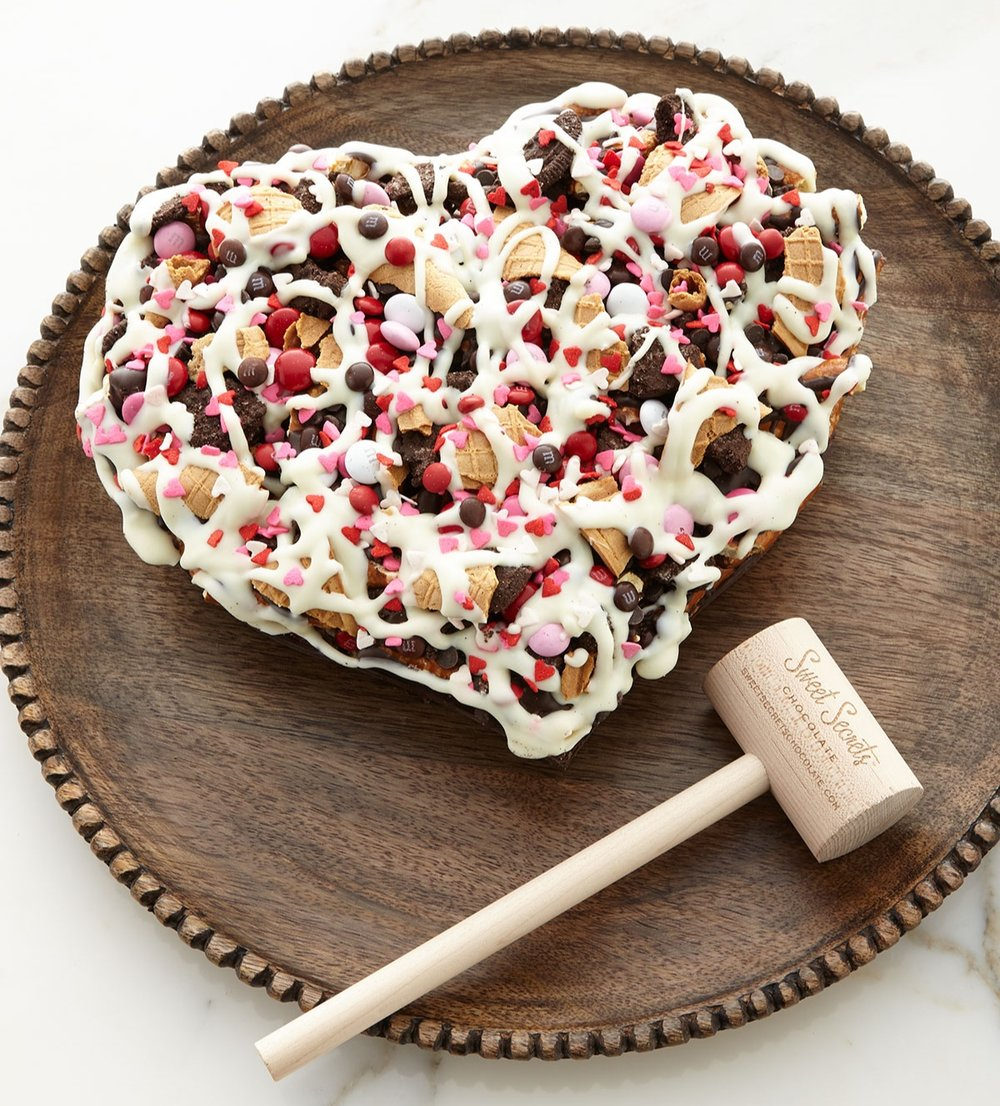 Neiman Marcus - Have a Heart Chocolate Pizza