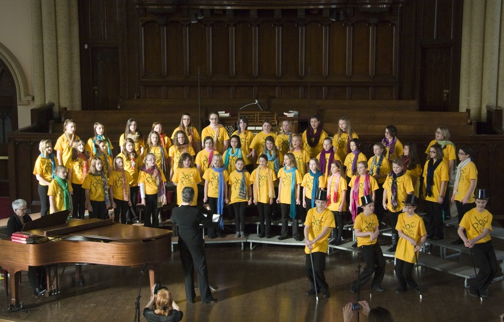 PHC-Junior-Choir-2013-b.jpg