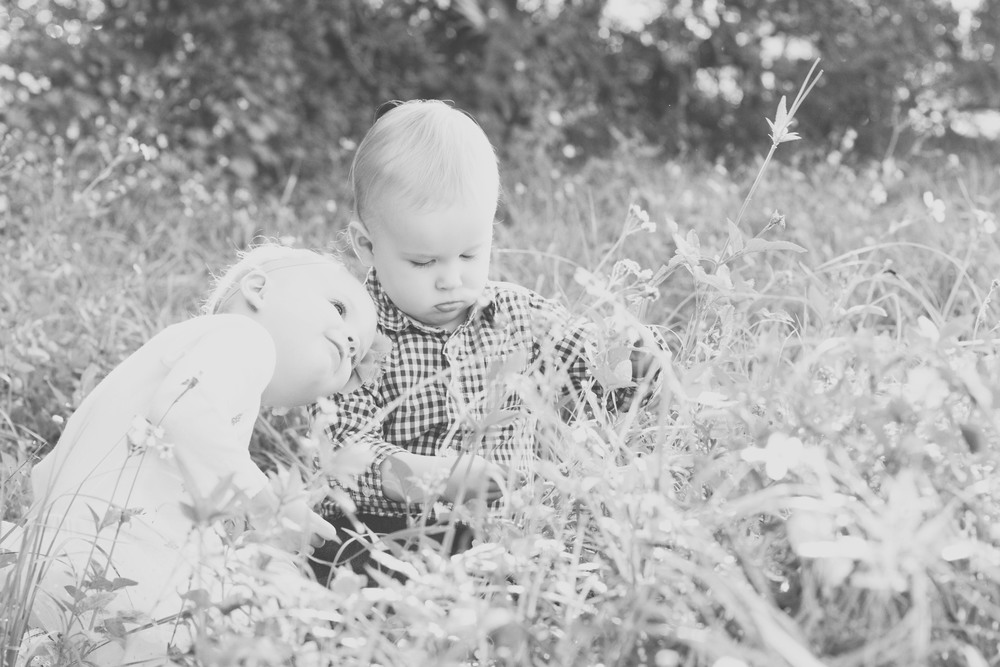 015Family_Color (1)bw.jpg