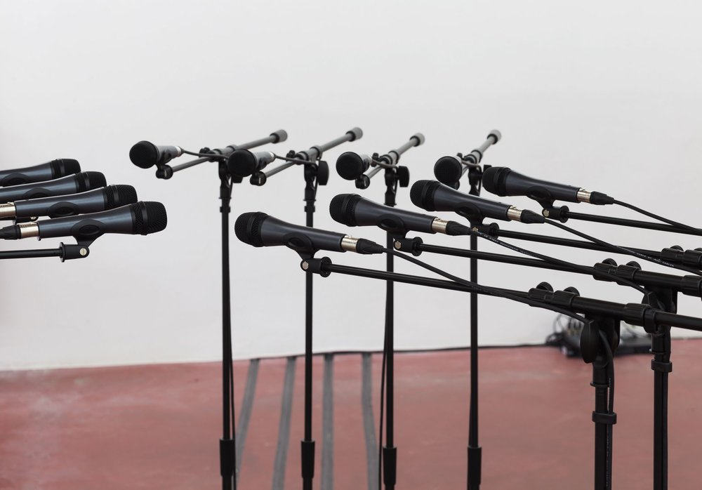 Barricade-2-2016-12-microphones-and-microphone-stands-with-matching-audio-equipment-156.5x250-Diameter.jpg
