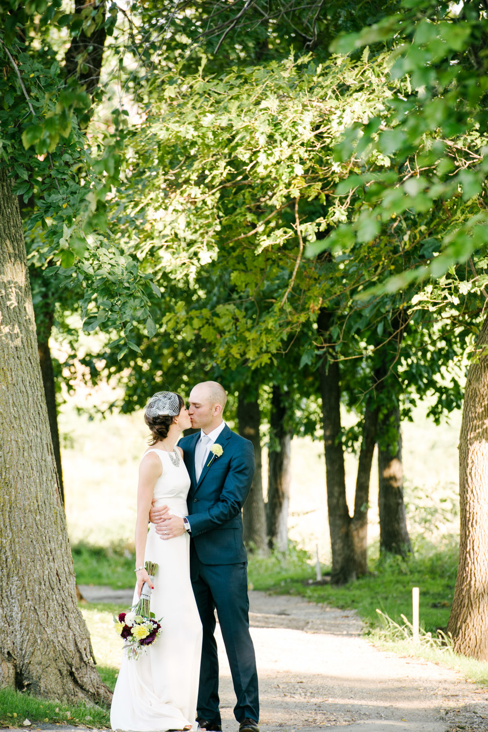 Wedding-Photography-Bee-C-Photography-Iowa-Oskaloosa-Des-Moines-17.jpg