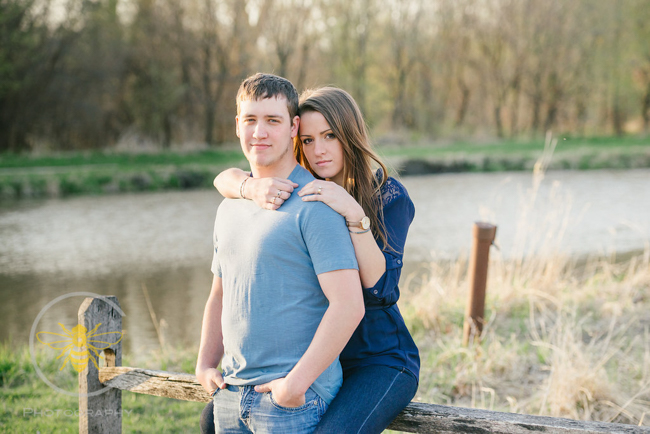 engagement-session-sunset-rustic-country-2.jpg