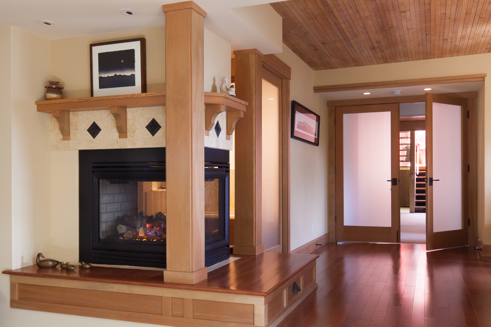 Master Suite & Fireplace