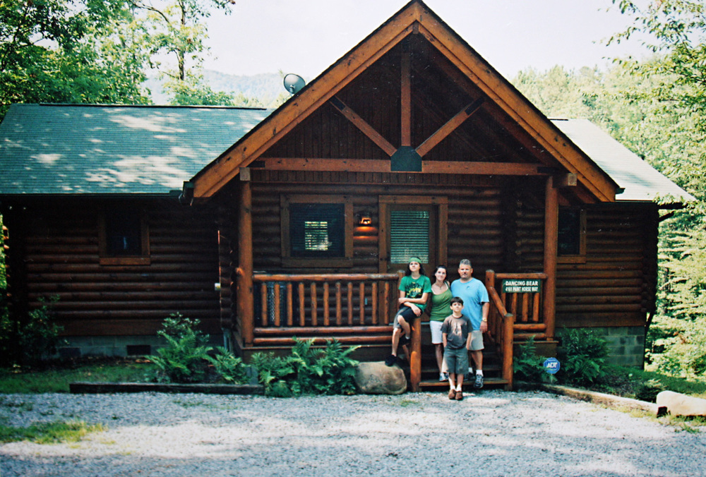 2008 and the end of our weeklong stay in Dancing Bear cabin - one of our top 2 cabin rentals in the Smokies!