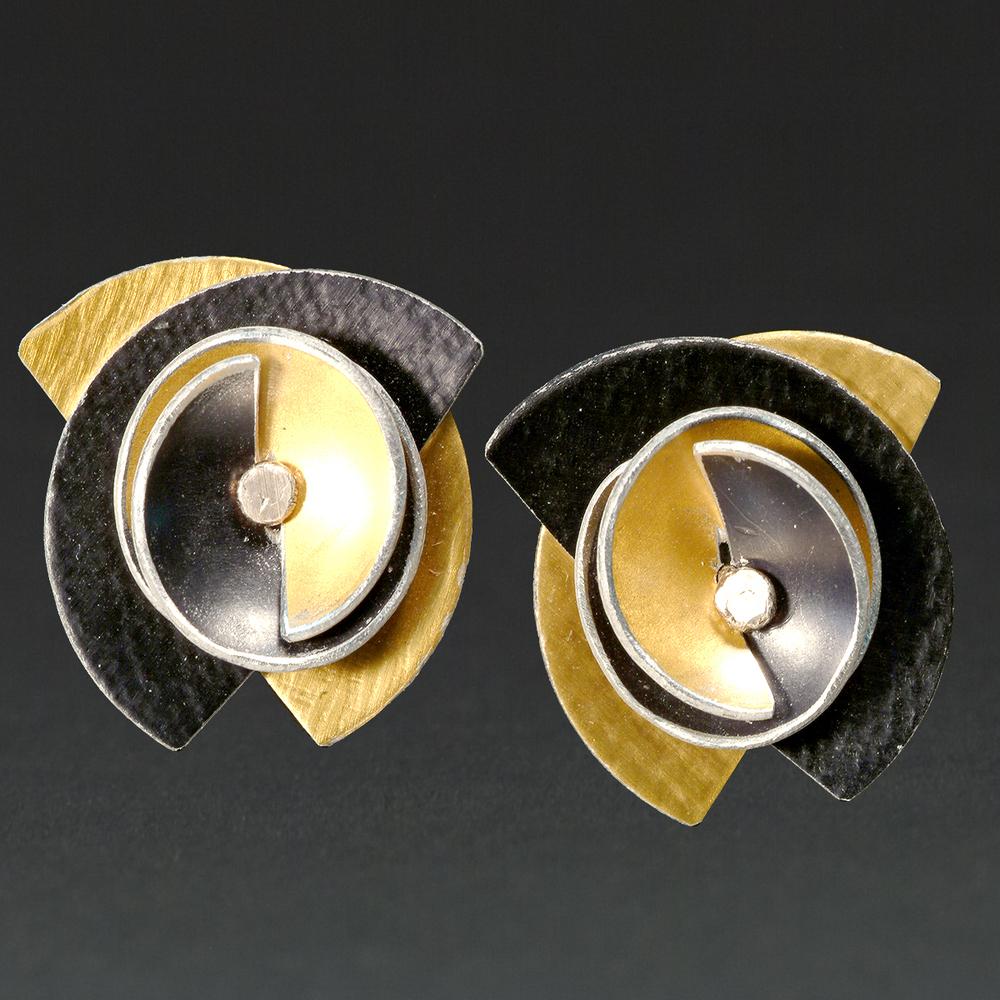 B - Gold, Black