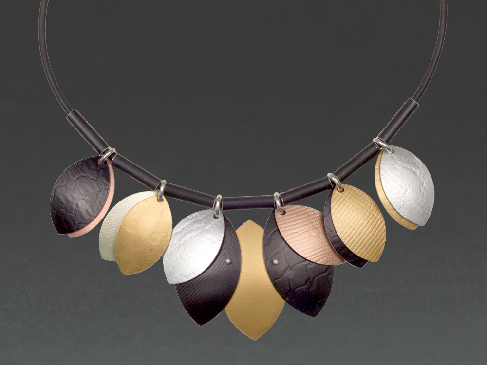 A - Black, Gold, Chablis, Silver.