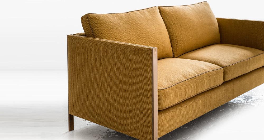 armstong settee 02.jpg