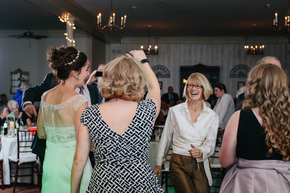 Tim_Jeanine_Scarborough_Maine_Wedding-090.jpg
