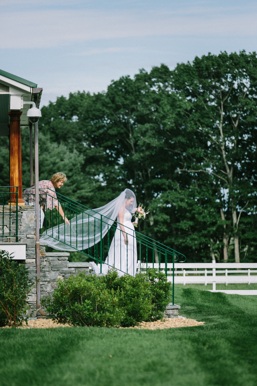 Scarborough_Maine_Wedding_Ceci_Tyler-034.jpg