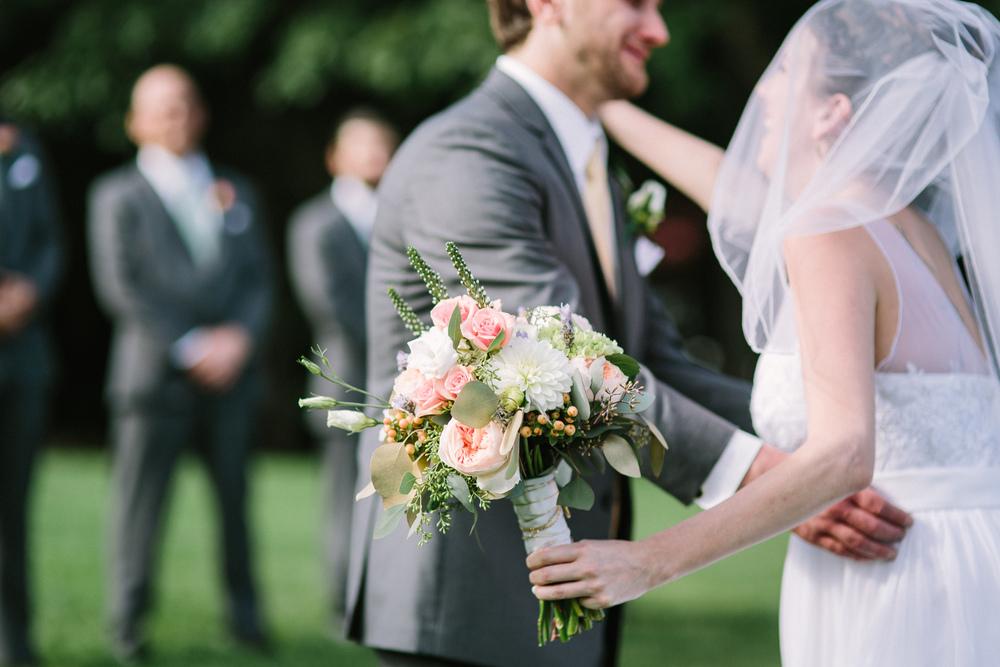 Scarborough_Maine_Wedding_Ceci_Tyler-037.jpg
