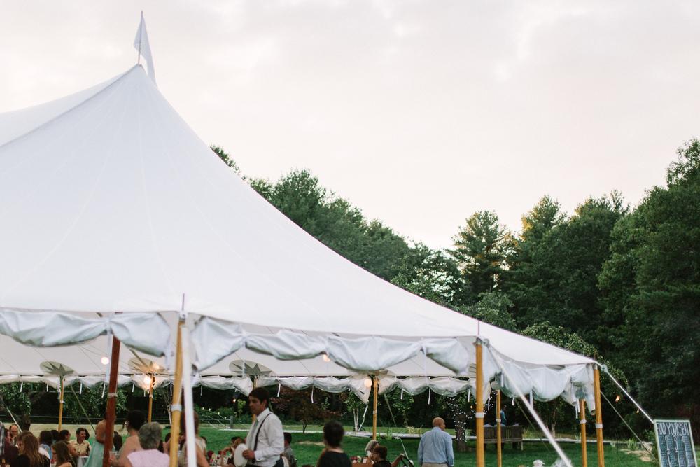 Scarborough_Maine_Wedding_Ceci_Tyler-096.jpg