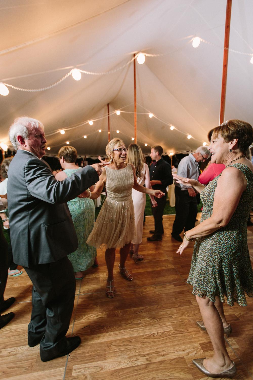 Scarborough_Maine_Wedding_Ceci_Tyler-114.jpg