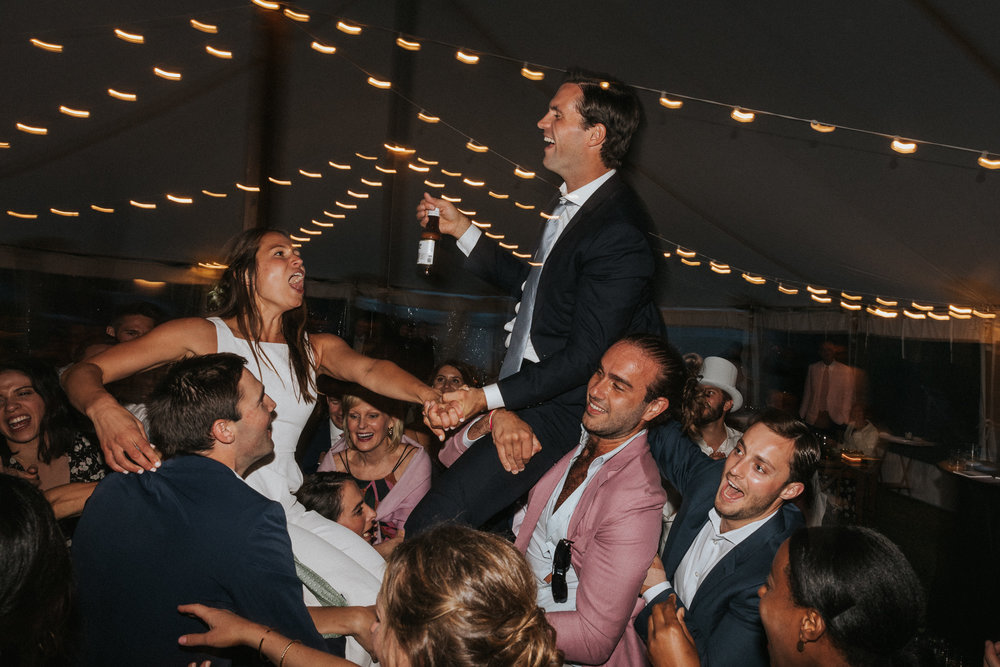 Allie_Ben_Chebeague_Wedding_Peek-006.jpg