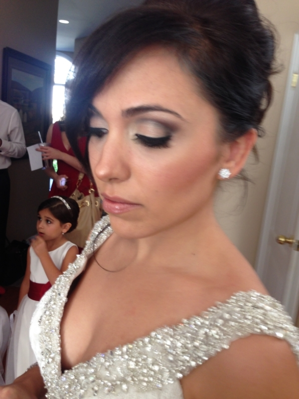 AIrbrush Smokey eyes makeup application Oakville