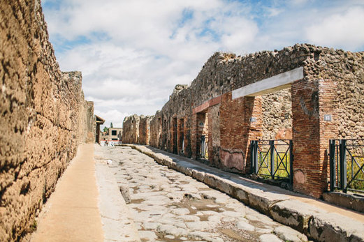 5 Reasons To Visit Pompeii With Andante Travels -
