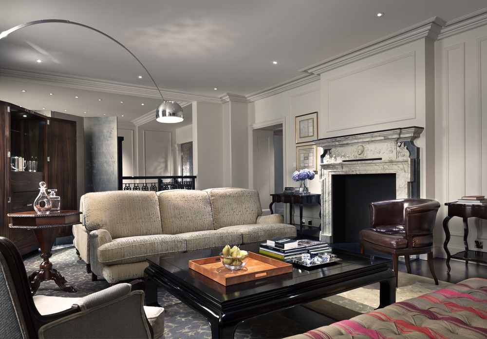 Rosewood-London_Chancery-House-Suite-Living-Room.jpg