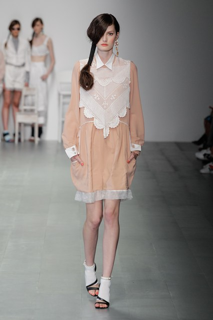 Bora Aksu SS15 LFW Discover and Escape Review 3.jpg