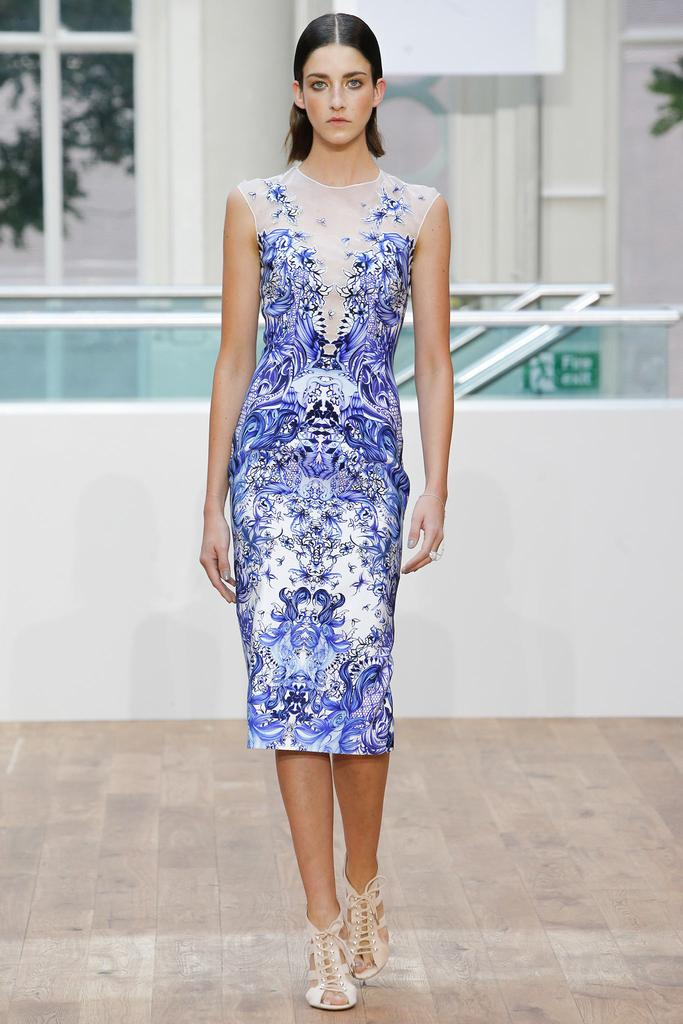 Julien Macdonald SS15 LFW Discover and Escape Review
