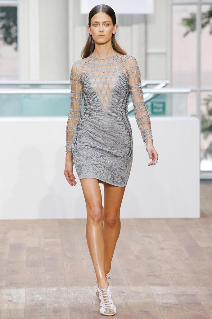 Julien Macdonald SS15 LFW Discover and Escape Review 13.jpg