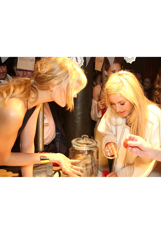 Karlie Kloss & Ellie Goulding