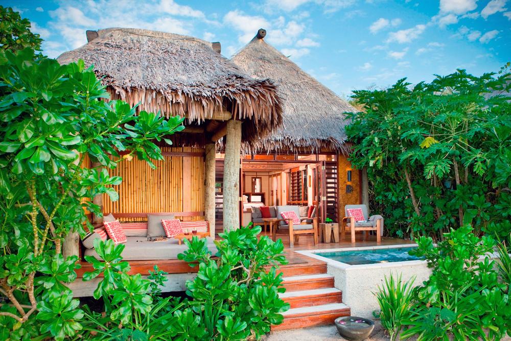 Discover and Escape Mr and Mrs Smith Likuliku Resort Fiji 4.jpg