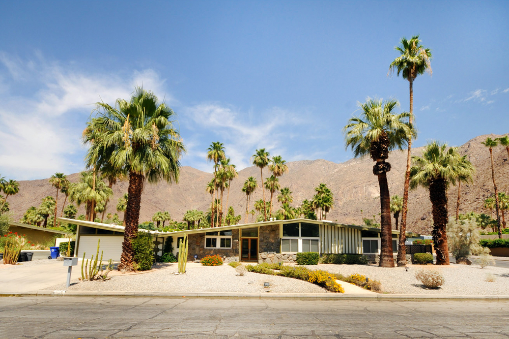 What to wear in Palm Springs California. California Palm Springs Style Guide. Louis Sheridan