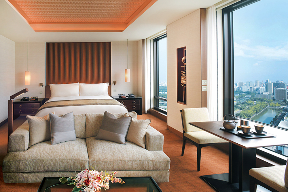The Peninsula Tokyo Discover and Escape review suite 2.jpg
