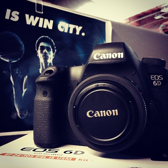 Canon, my new wifey came today. Today really is the day of love.    #wincity #canon #6D
