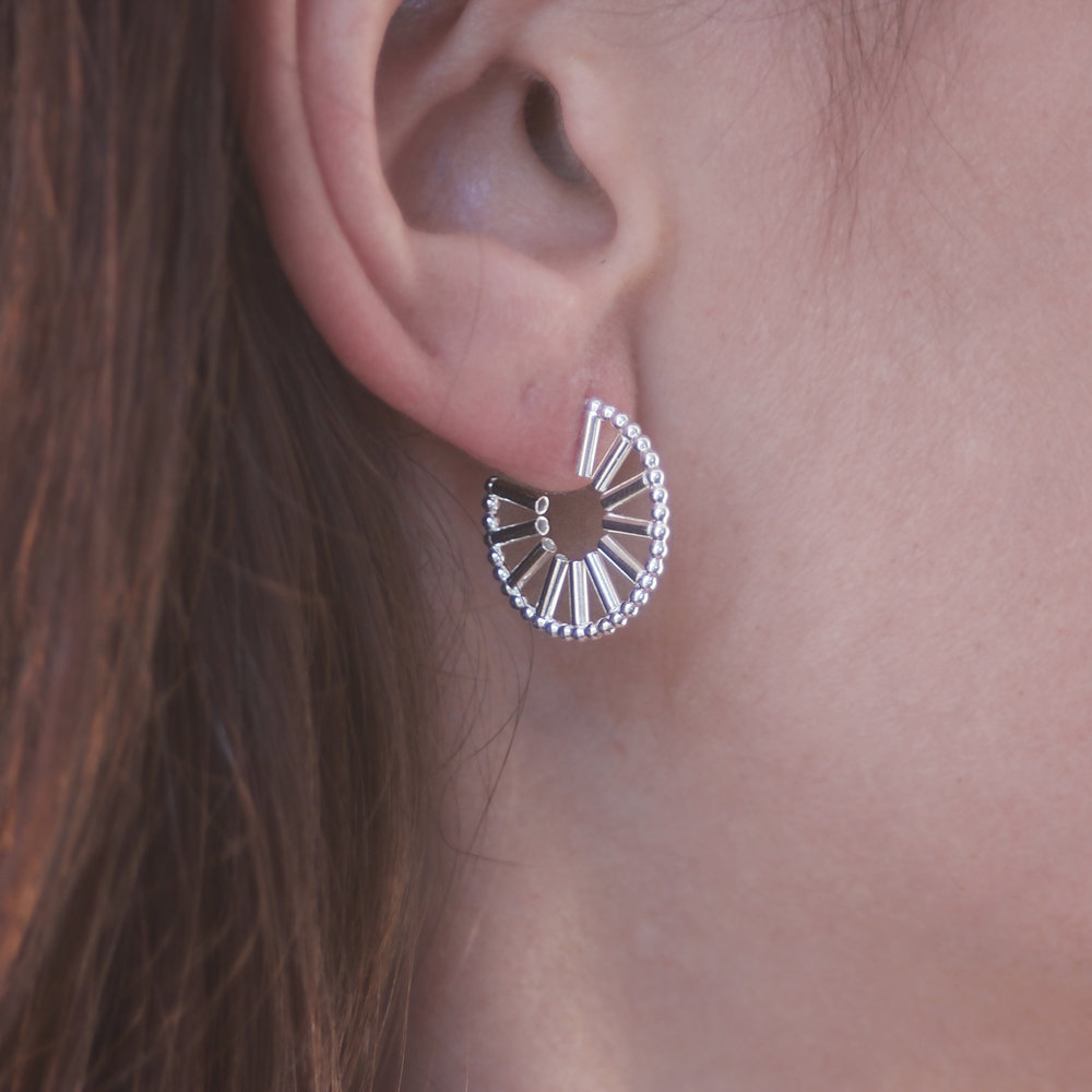 Cara Tonkin Silver Theda Stripe Hoop Earrings ST2lJ2p