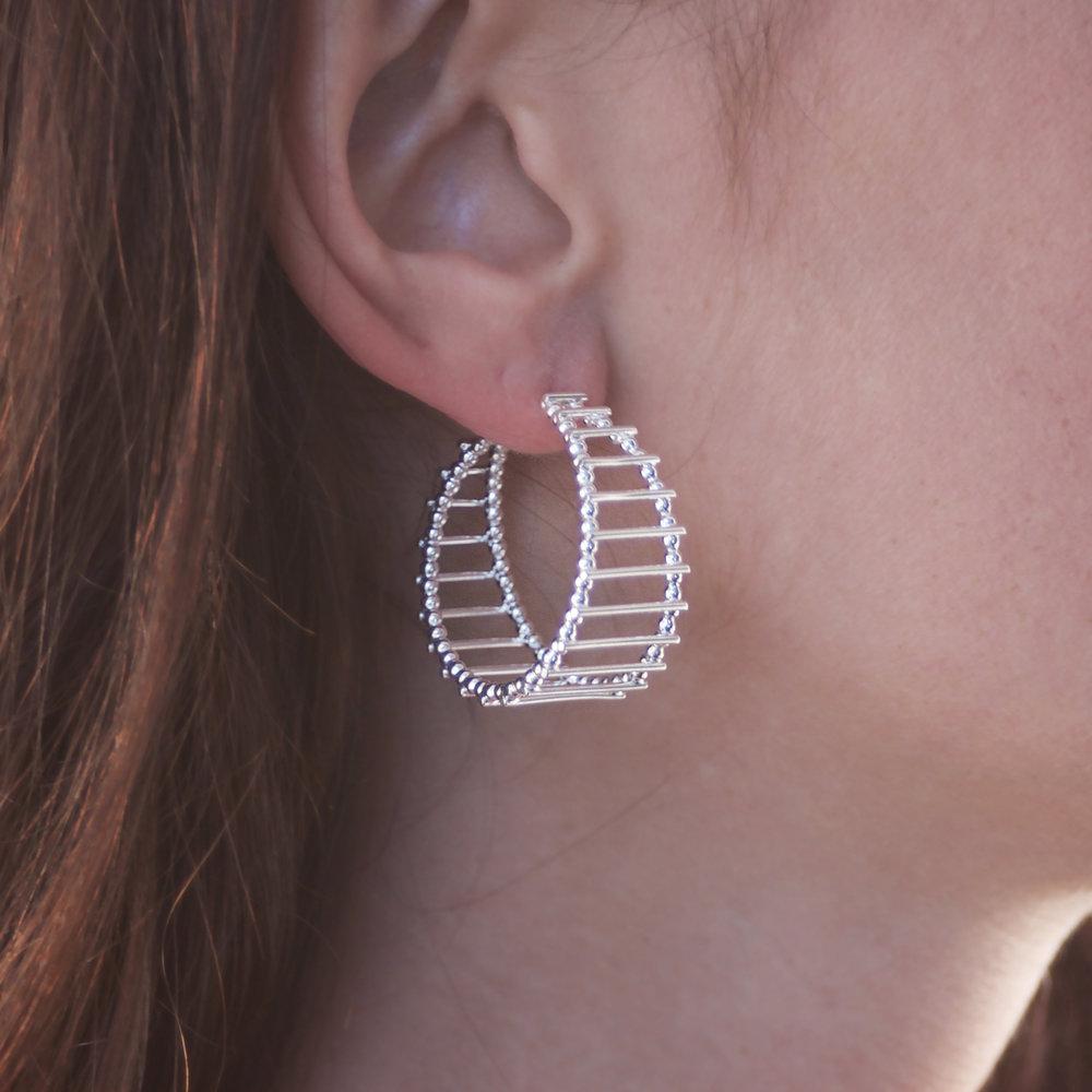 Cara Tonkin Silver Theda Stripe Hoop Earrings tk69MftSO
