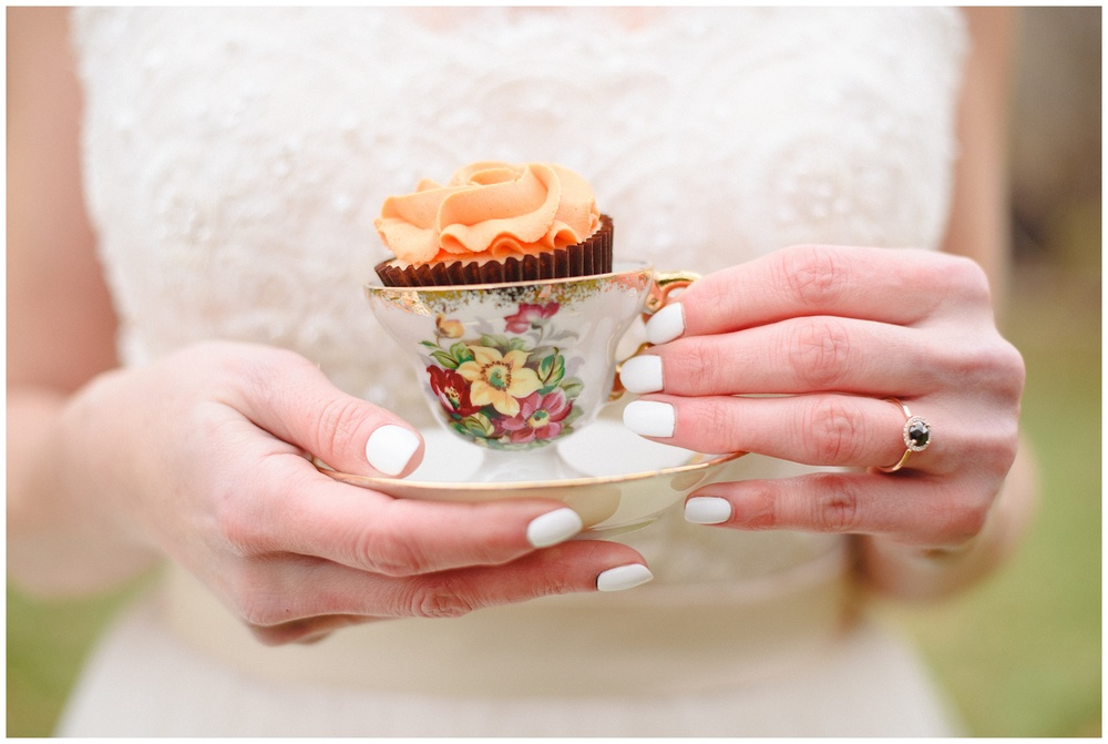 Arynn Photography, Styled Wedding, Toronto Weddding Photographer, Durham Wedding Photographer, Wedding Planner Magazine, cupcakes, teacup, alternative wedding ring, blue engagement ring