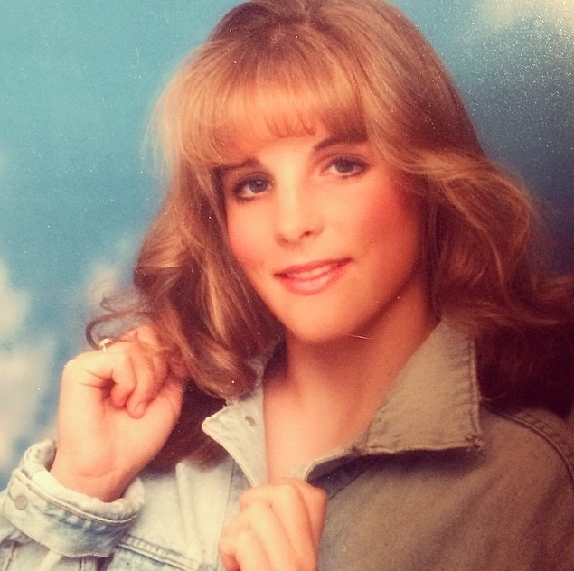 Glamour Shots, circa age 13...oh yes!