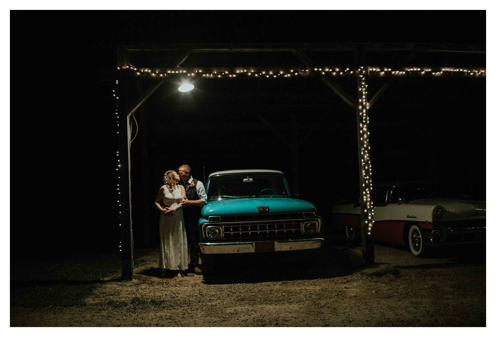 clauson barn wedding photographer chloe ann photography madison wisconsin photographer_0023.jpg