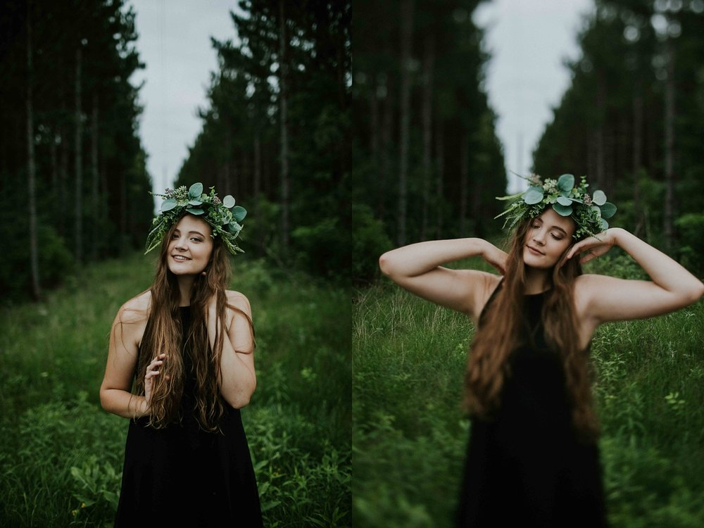 floral crown Senior Session Wisconsin Senior Photographer Wisconsin Rapids Madison Chloe Ann Photography_0011.jpg