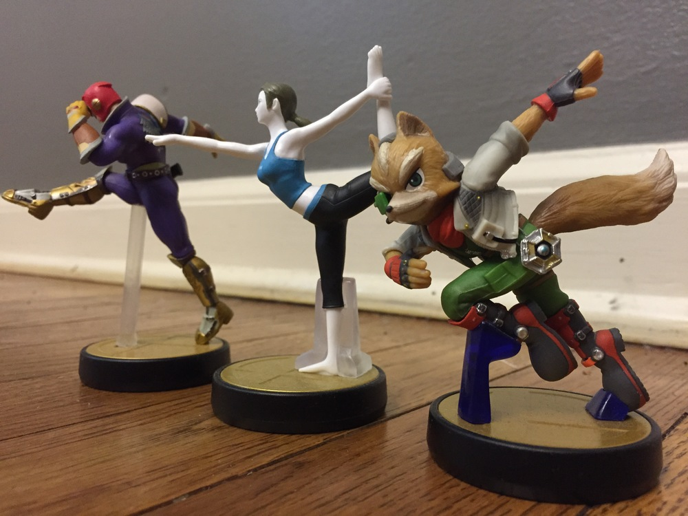 amiibo_captain_falcon_wii_fit_trainer_fox_mccloud.jpg