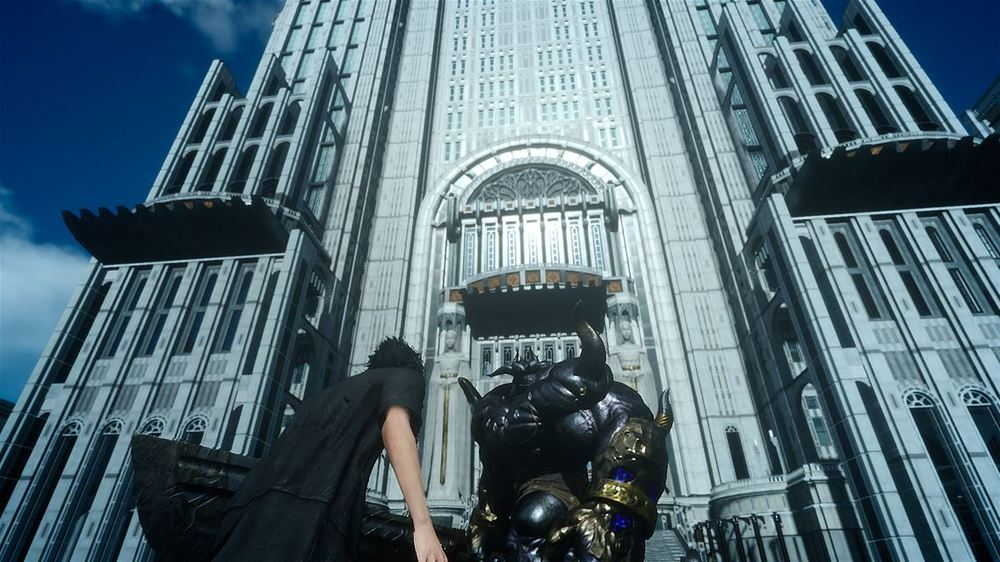 "Adult Noctis shows up at the end to fight the ""Iron Giant,"" who doesn't seem to resemble the titular character of the 1999 animated film."