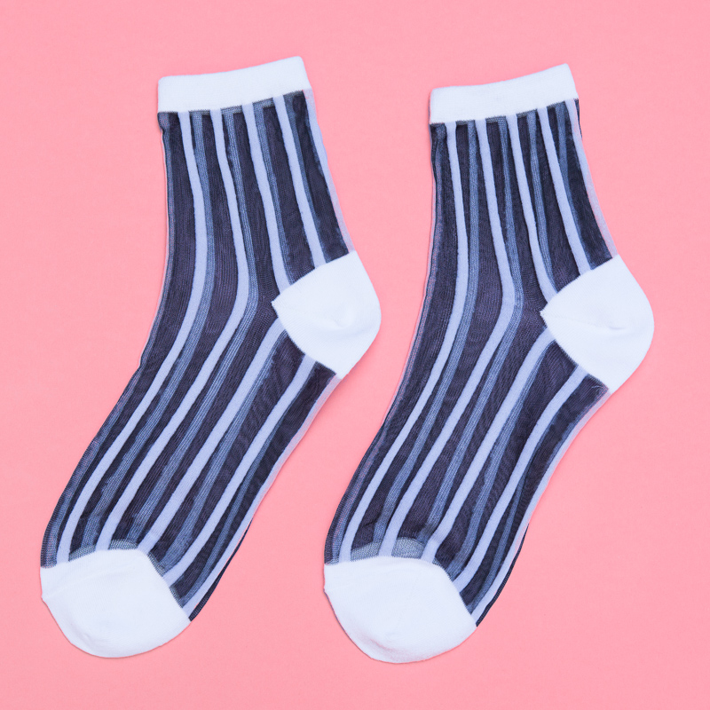 Transparent socks that go perfectly with summer sandals and heels. Now available in our Harajuku range.