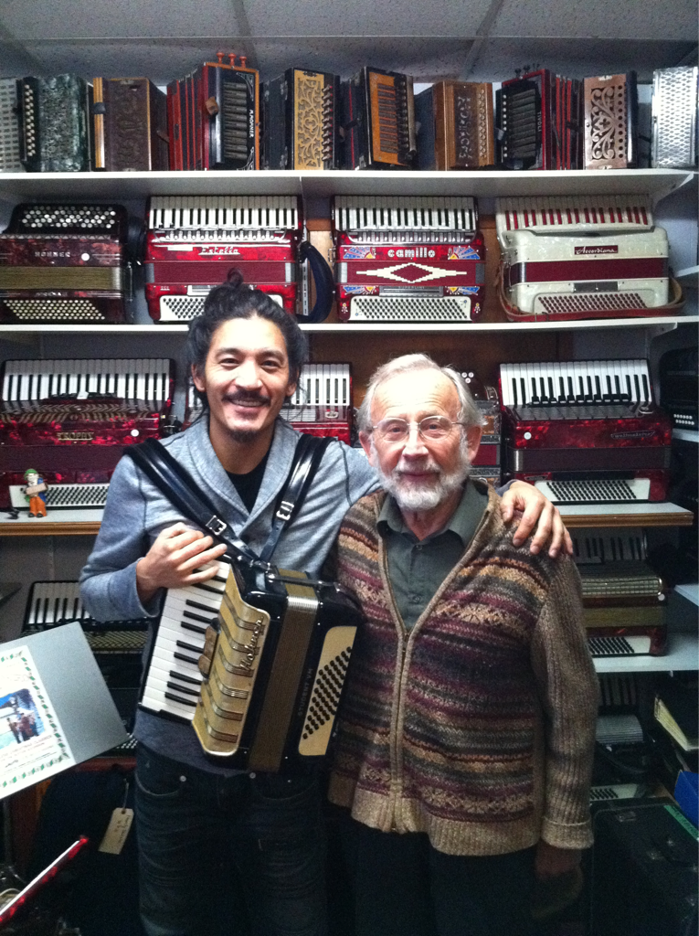Here I am with Karl Hergt from Tempo Trend music shop in Victoria, BC. There really were over 800 accordions in his shop, many of them quite wonderful and some very rare ones. People from all over come to his shop. You can see he is a sweet guy just from the photo, I had so much fun trying out this and that one, sipping on apple cider, and hearing about the origins of the accordion. Apparently, the accordion has its roots in China as an early reed instrument! The resonance I have for these instruments now seems to make some sense. This Hohner is from Germany around 1970 and is really delightful, a 48 bass that is very light and compact. I composed and performed a few songs on the accordion for the production of 'Siddhartha' this past summer and am now writing several more tunes this time with a gypsy dub feel. Also been composing soul and dub songs on the ukelele for the next album.