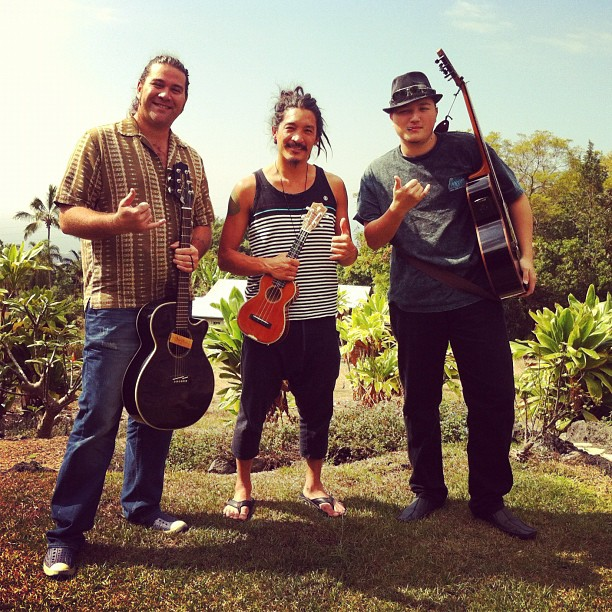 One last writing session with Keikilani and Leo Lindsey before I hit the sky. (at Kona)