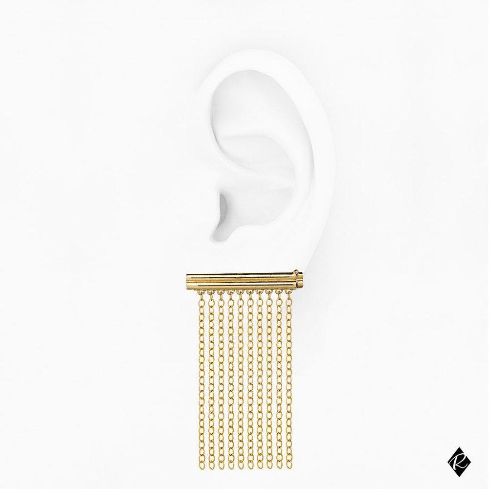 Goldie Rox Gold Spaghetti Con Olio di Oliva Earring
