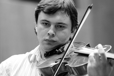 Andriy Burko,  viola