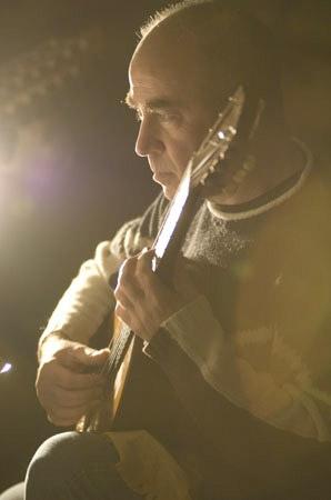 Massimo Laura,  chitarra