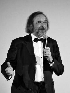 Gino Buscaglia,  critico cinematografico.